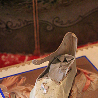 """Single White Jumeau Shoe Size """"13"""""""