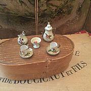 Lovely wooden Tee Set
