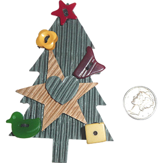 Christmas Tree with 5 Bakelite Buttons Figural Realistic Goofy Ornaments
