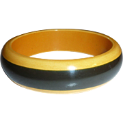 Chunky Two Tone Stripe Bakelite Bangle Bracelet Black & Cream