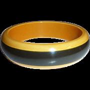 Chunky Two Tone Stripe Bakelite Bangle Bracelet Black & Cream