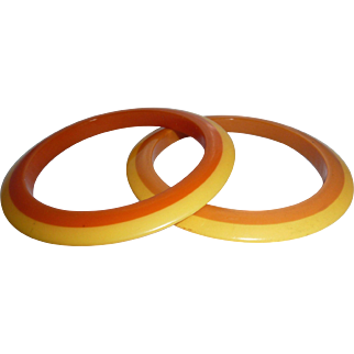 2 (Pair) BAKELITE Flying Saucer Laminated Bracelet Bangles Rings of Butterscotch & Orange w/ Yellow