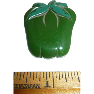 Vintage Bakelite Carved Green Pepper Vegetable Pin Brooch