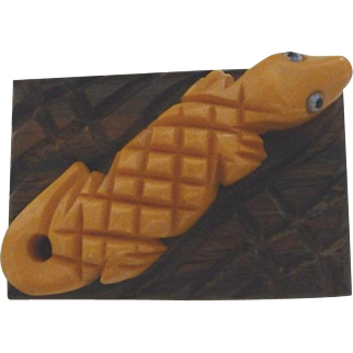 Vintage Bakelite and Wood Alligator on a Log Pin Brooch