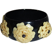 Vintage Wide Black Celluloid & Carved Cream 3-D Celluloid Flowers Bangle Bracelet Rare!