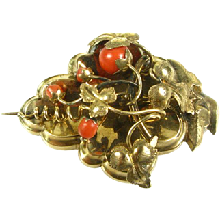 Antique Victorian Natural Coral Leafy Grape 14lk Yellow Gold Pin Pendant