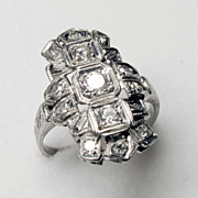 Stunning Platinum Art Deco Diamond Ring