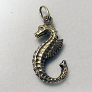 "Vintage 3D 14K Yellow Gold ""Sea Horse"" Charm"