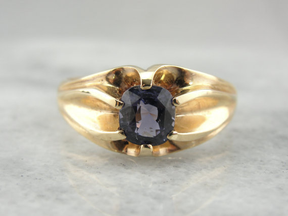 stunning spinel gemstone in a vintage mounting from