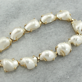Substantial Natural Baroque Pearl Choker in 14K Yellow Gold