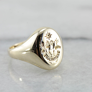 Manhattanville College of the Sacred Heart Signet Ring, School Crest and Motto Ring