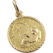 Christ in the Manger, Vintage Religious Medallion, Holy Night Pendant in 18K Yellow Gold