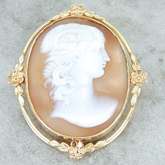 Cameo Brooch or Pendant with Floral Details