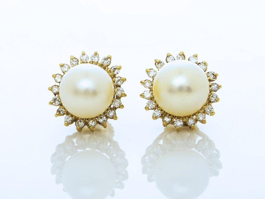Vintage 14k Yellow Gold 85 Mm Pearl And Diamond Earrings