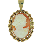 14K Yellow Gold Cameo Pendant Vintage