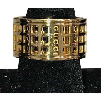 18K Yellow Gold Gucci Rolling Scroll Ring size 6