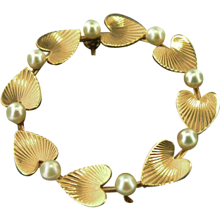 14K Yellow gold Hearts and Pearls Vintage Brooch Circa 1930's/1940's