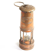 1895 E.Thomas & Williams Old English Oil Lantern