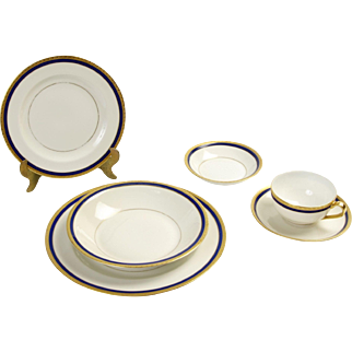 Limoges: Theodore Haviland Set of China Late 1920's