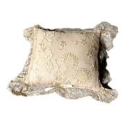 Lace off White Pillow