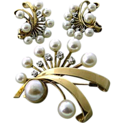 Superb Retro Modern Earring and Brooch Set in Fourteen Karat Gold