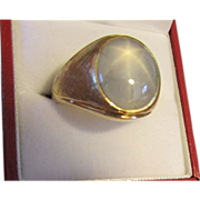 Gorgeous Natural Blue Star Sapphire Ring in 18 Karat Gold