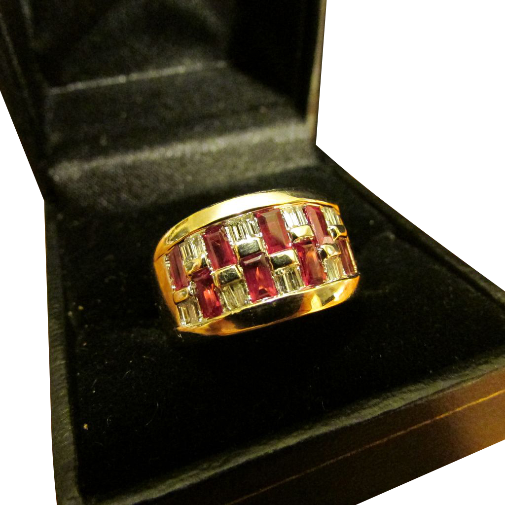 Ruby and Diamond 18 Karat Gold Ring