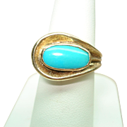 14 Kt Yellow Gold Sleeping Beauty Turquoise Vintage Modernist Style Ring