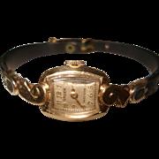 14 Kt Gold Ladies Vintage Gruen Wristwatch Original Bakelite Case