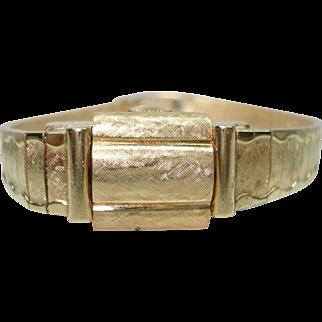 14 Kt Gold Ladies Flip Top Hidden Wristwatch Scalloped Edges Solid Gold Bracelet Band