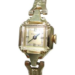 Vintage 14 Kt Gold Ladies Two Tone Dial Bulova Mechanical Hand Winding Wristwatch