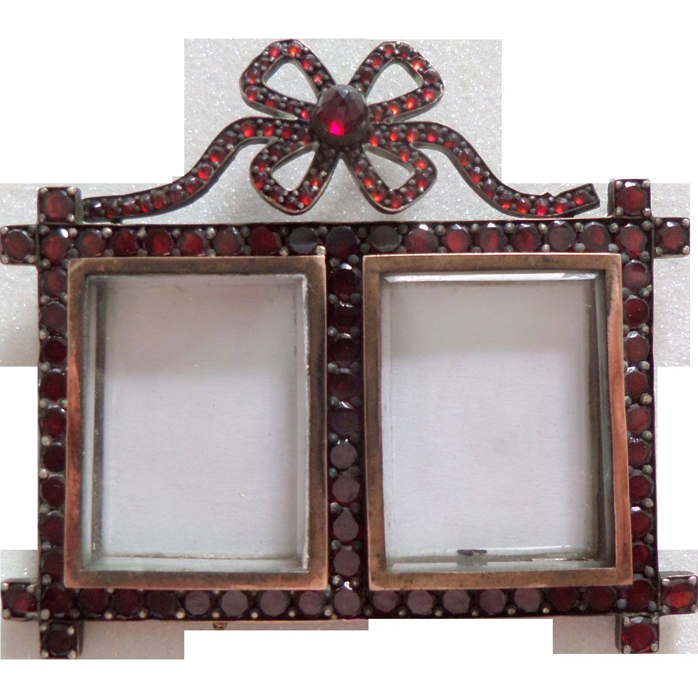 miniature garnet double photo frame c1880 - Double Photo Frame