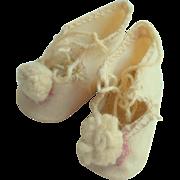 Tiny Old White Pom-Pom shoes For Doll