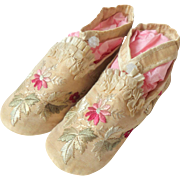 Fine Silk Embroidered Child's Slippers c1880