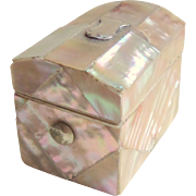 Mother Of Pearl Thimble Box c1880