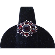 Antique Victorian Garnet Ladies Ring