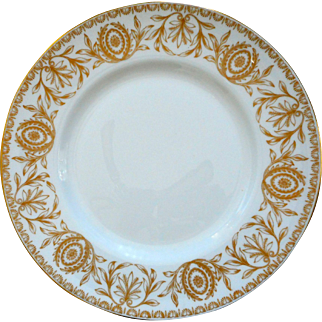 "Twelve Royal Worcester ""Pompadour "" 10 1/2""  Dinner Plates"