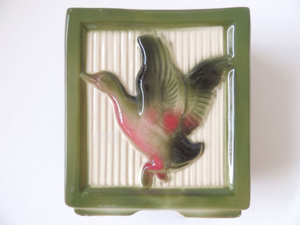 Shawnee Planter Flying Mallard