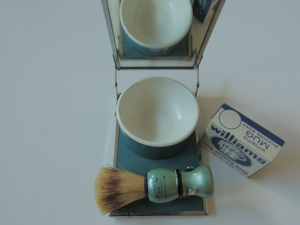 Shaving Kit With Mirror Brush Soap Cup From