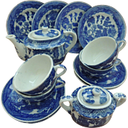 Vintage Blue Willow Child's Tea Set