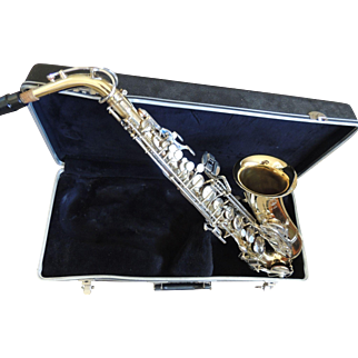 Selmer Bundy 11 Saxophone