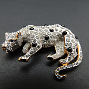 Leopard Pin With Rhinestones