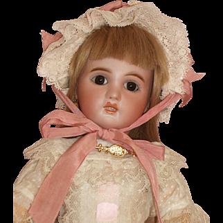 "Darling little 14"" Tete Jumeau Doll - c1907 - Size 5"