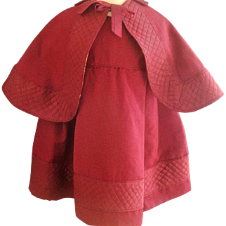 Victorian museum quality child's dress and cape
