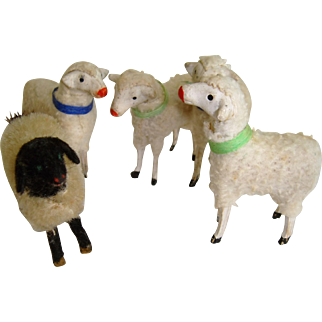 Adorable set old German Putz wooden sheep