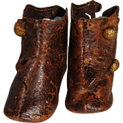 Pair of small fashion doll boots for tlc