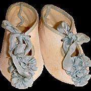 Large shoes silk rosettes marked BeBe