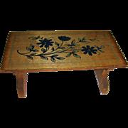 Beautiful painted Walterhausen table