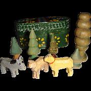 Miniature ezgebirge  sheep and trees in box