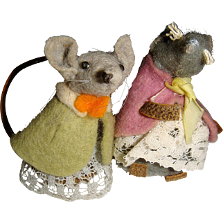 Pair of adorable felt mice well dressed